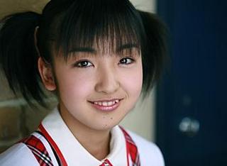 板野友美の整形前で(当時:14歳)